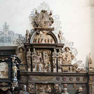 Tomb of the Schoenfeld family